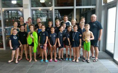 Nachwuchsschwimmer beim 43. Weihnachtsschwimmfest in Wuppertal